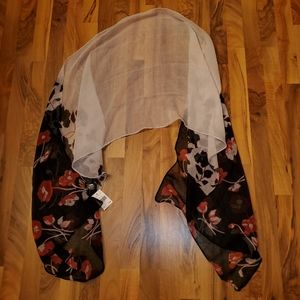 3C4G new with tags white and rose wrap scarf